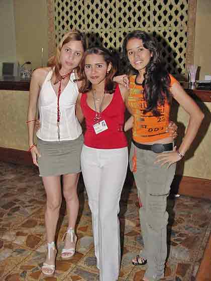Single Cartagena women